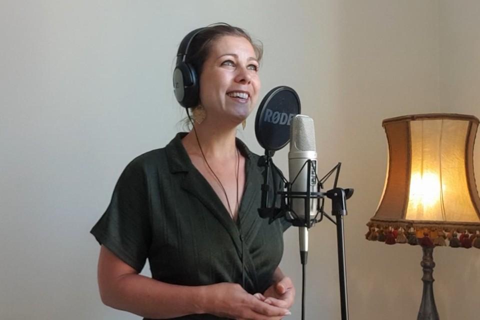 """Elke Buyle: """"Nog eens écht zingen, dat heb ik de afgelopen maanden het meest gemist."""""""