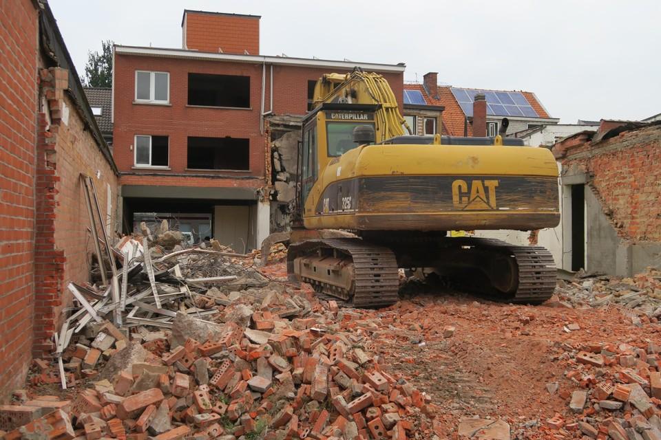 De sloopwerken zijn zopas gestart. Ze worden aansluitend gevolgd door het uitgraven van de ondergrondse parking.