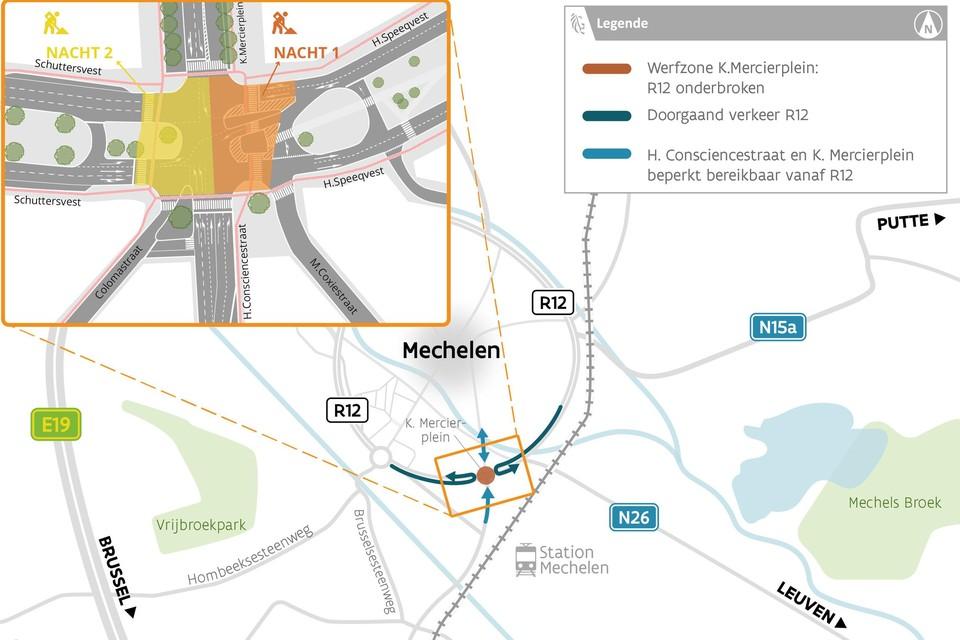 Een aannemer werkt in twee helften op het kruispunt van de vesten met het Kardinaal Mercierplein.