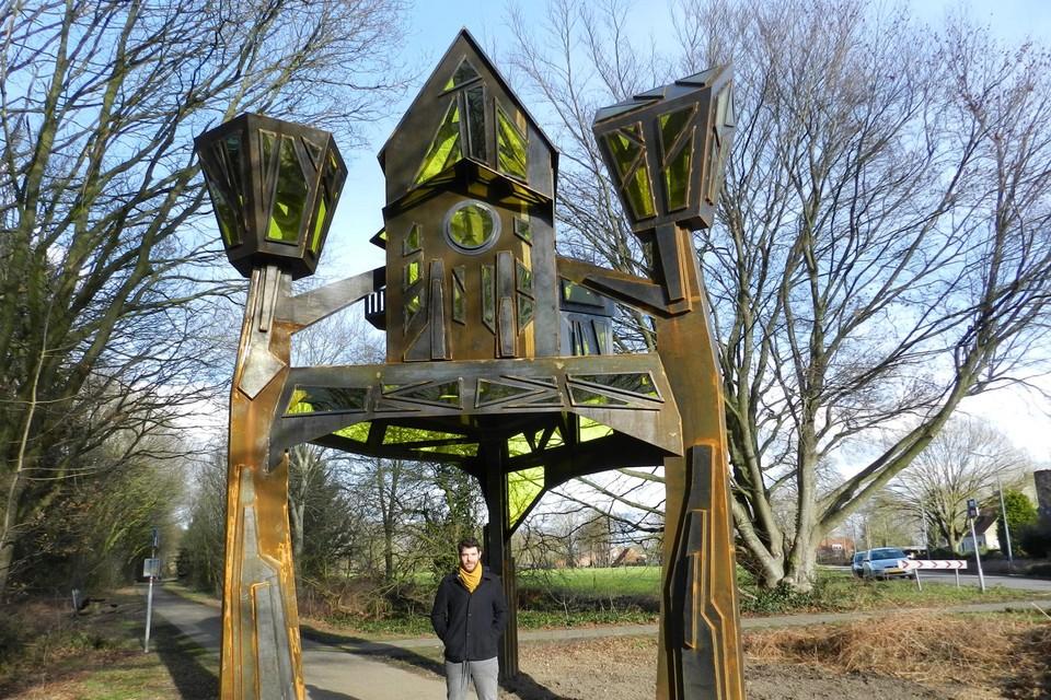 Tim Hoefnagels liet zich voor het kunstwerk inspireren door enkele gebouwen in Baarle.