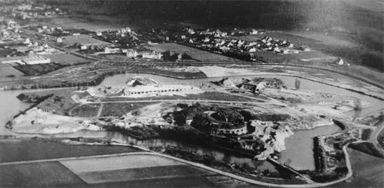Het fort van Wijnegem voor de afbraak.