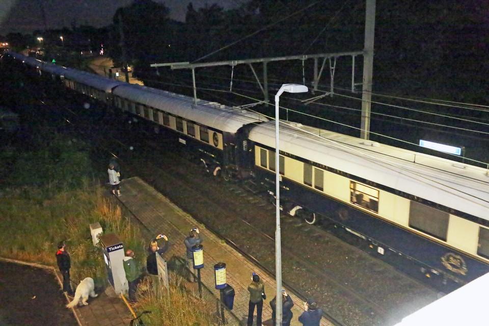 Een flits, meer niet. Toch een belevenis om de Orient Express in het echt te zien.